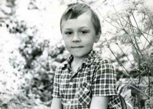 Шнуров Сергей в детские годы