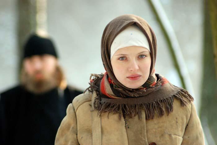 Эмилия Спивак в театре