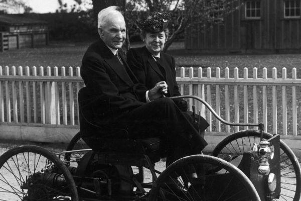 Генри Форд с супругой