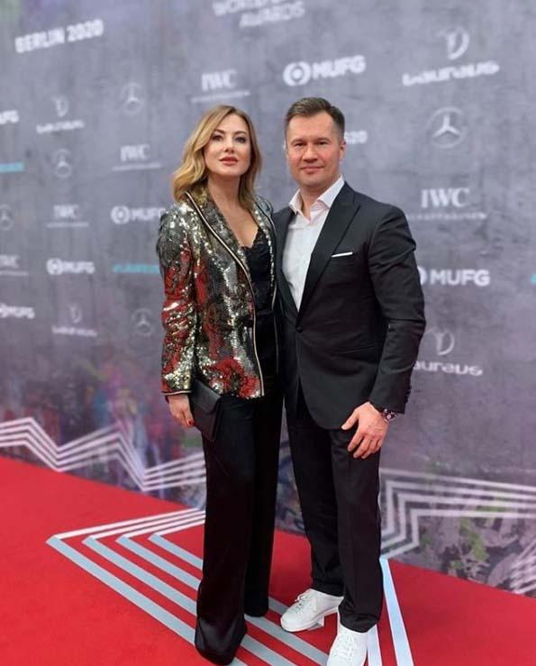 Алексей с женой