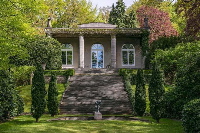 Дом Карла в Гамбурге