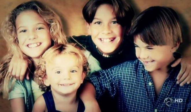 Марио Касас семья