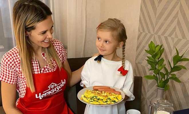 Мария Горбань с дочкой