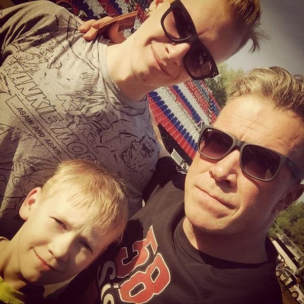 Алексей Кравченко с сыновьями